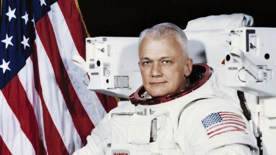 NASA astronaut,Bruce McCandless,Space