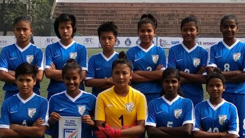 India's Under-15 football side lost 0-1 in the final to Bangladesh of the SAFFWomen's Championship, with Shamsun Nahar scoring the goal for the hosts.