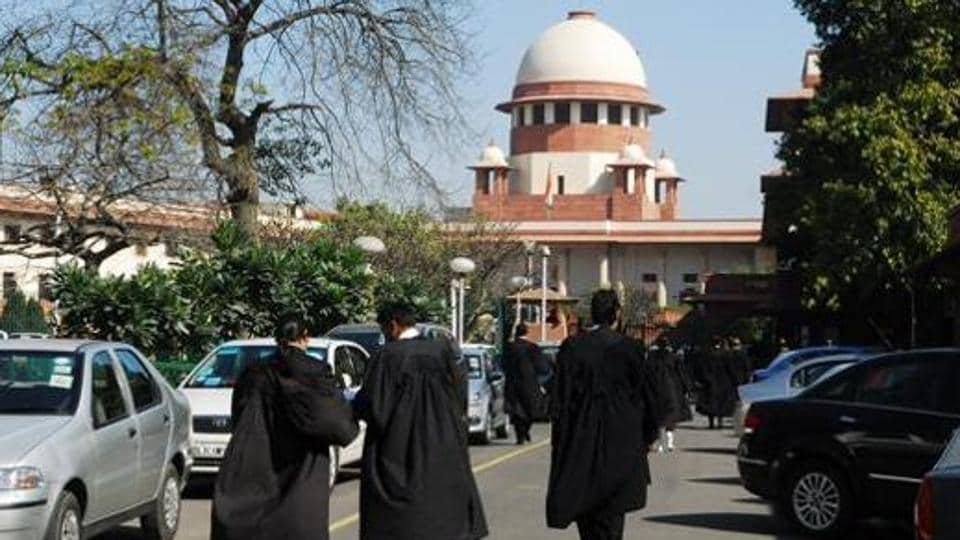 Lawyers outside Supreme court. Photographed on 7 March 2011 by Pradeep Gaur/ Mint
