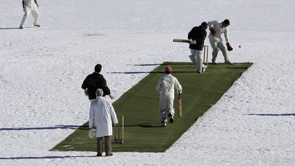 Graeme Smith and Shahid Afridi, along with former veterans Jacques Kallis, Mahela Jayawardene, Virender Sehwag and Daniel Vettori will be part of the St Moritz ice cricket tournament in February.
