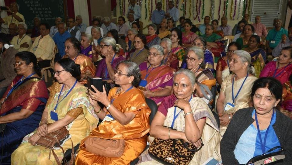 Out of 139 ex-students of both the batches, eventually 89 could make it to the function, which also hosted and felicitated five faculty members and one 95-year-old peon.