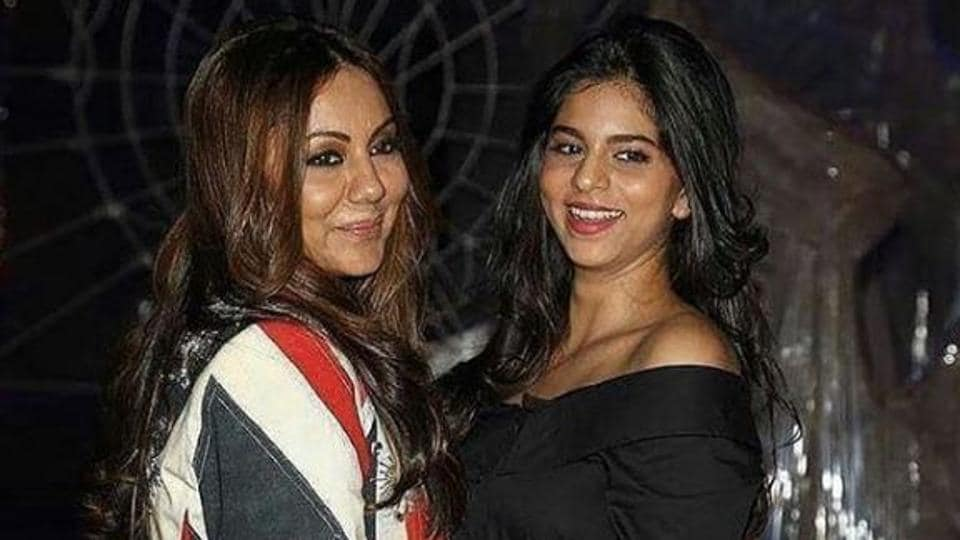 Mother-daughter duo, Gauri and Suhana at a party in Delhi.
