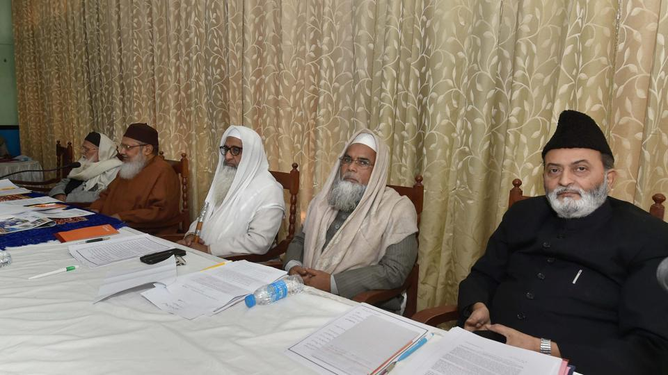 Officials of the All India Muslim Personal Law Board (AIMPLB) during a meeting on 'triple talaq' in Lucknow on Sunday.