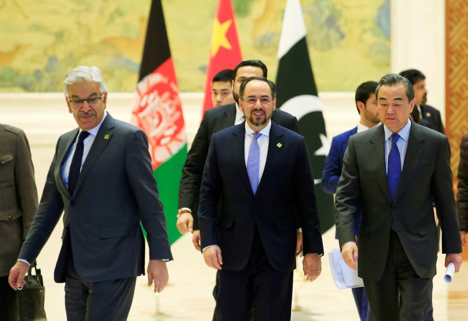 (From left) Pakistan foreign minister Khawaja Asif, Afghan foreign minister Salahuddin Rabbani and Chinese foreign minister Wang Yi at the 1st China-Afghanistan-Pakistan Foreign Ministers' Dialogue in Beijing on December 26, 2017.