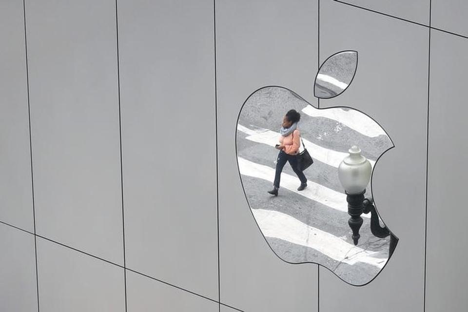 Apple,Tencent,WeChat