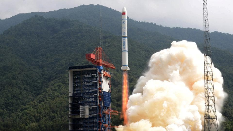 A Long March-2C rocket carrying the Yaogan-30 01 satellites lifts off from the launch pad at the Xichang Satellite Launch Center, Sichuan province, China, September 29, 2017.