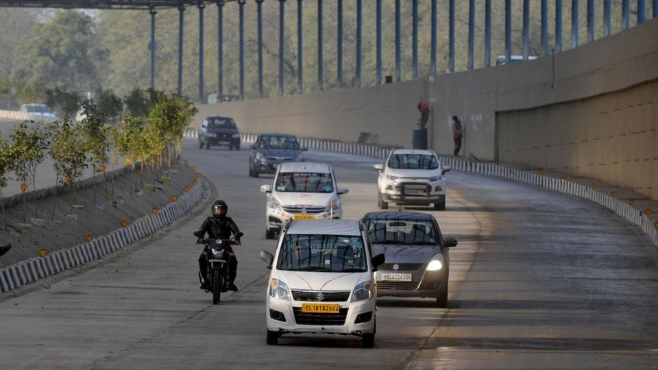 The traffic police opened one side of the underpass—from Maharana Pratap Chowk to Huda City Centre—due to road construction near Crowne Plaza.