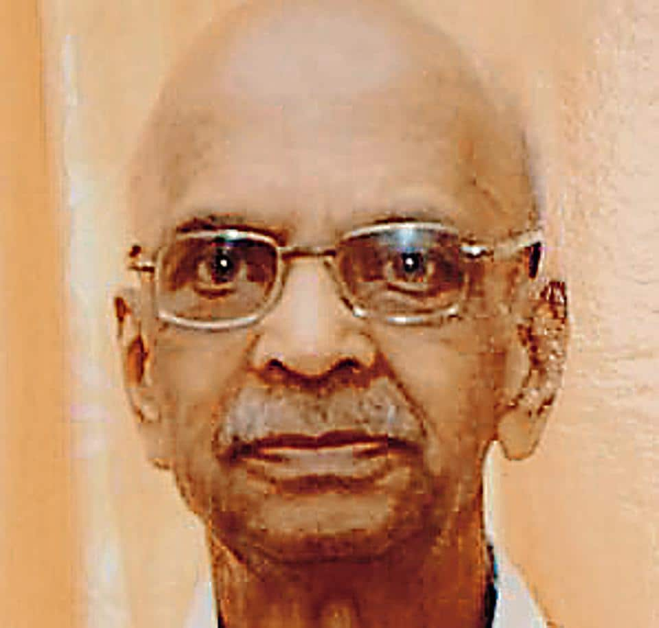 Vaidya Khadiwale, ayurvedic doctor