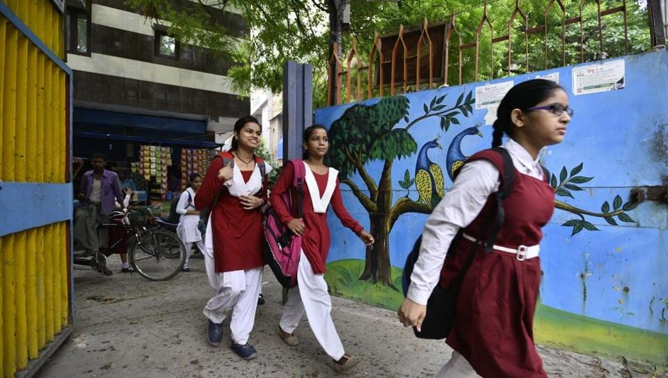 Delhi chief minister Arvind Kejriwal also suggested that school management committees should be authorised to hire teachers on a temporary basis, until the department can fill the vacant posts.
