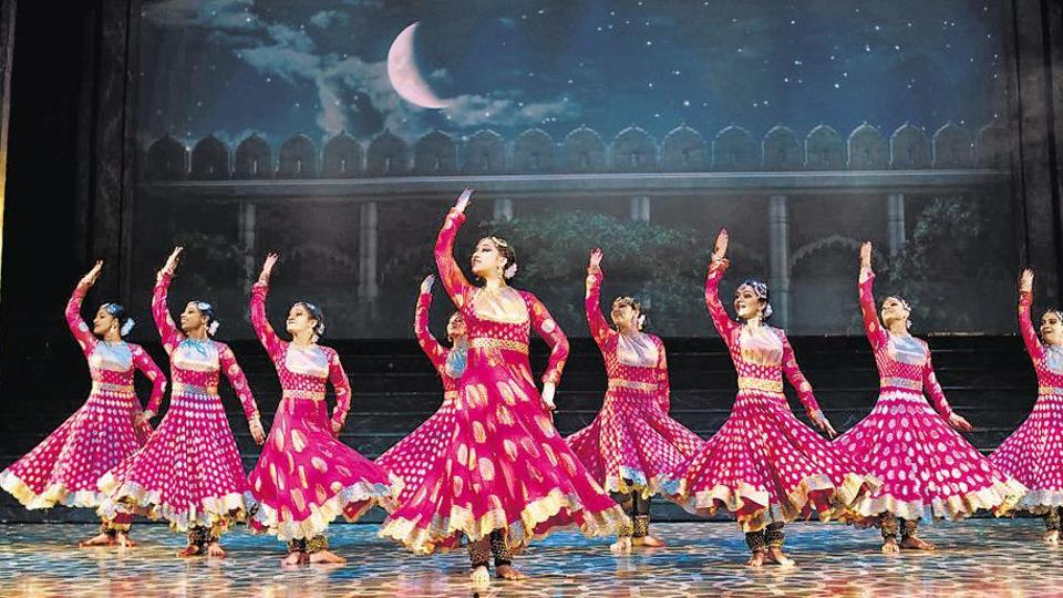 Mughal-E-Azam: The Musical will stage it's 100th show during its February 1-11 schedule in Delhi's Jawaharlal Nehru stadium.