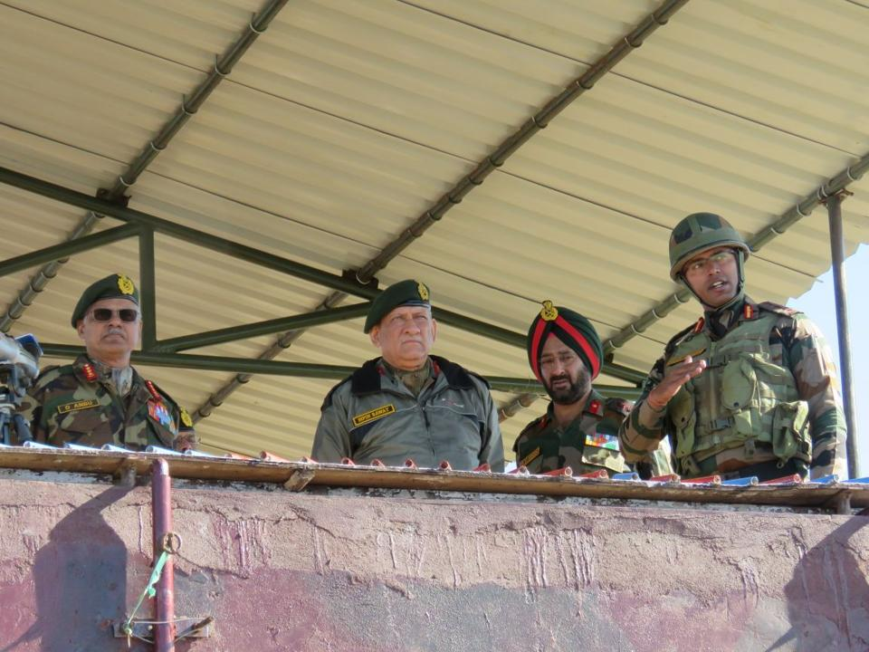 Army Chief visits 16 Coprs, reviews operational preparedness