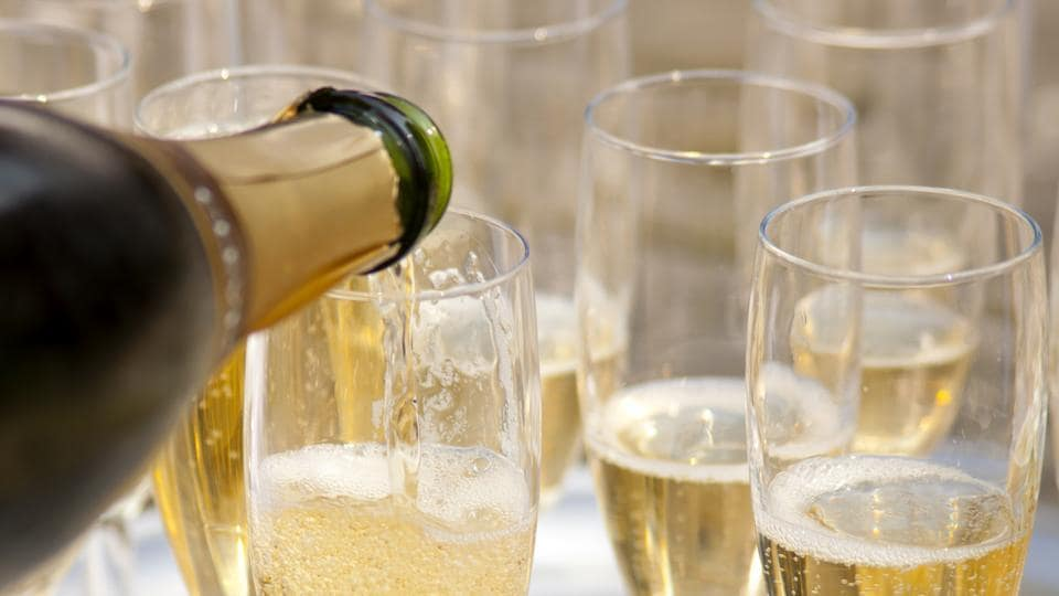 Champagne,Sparkling Wine,Bubbly