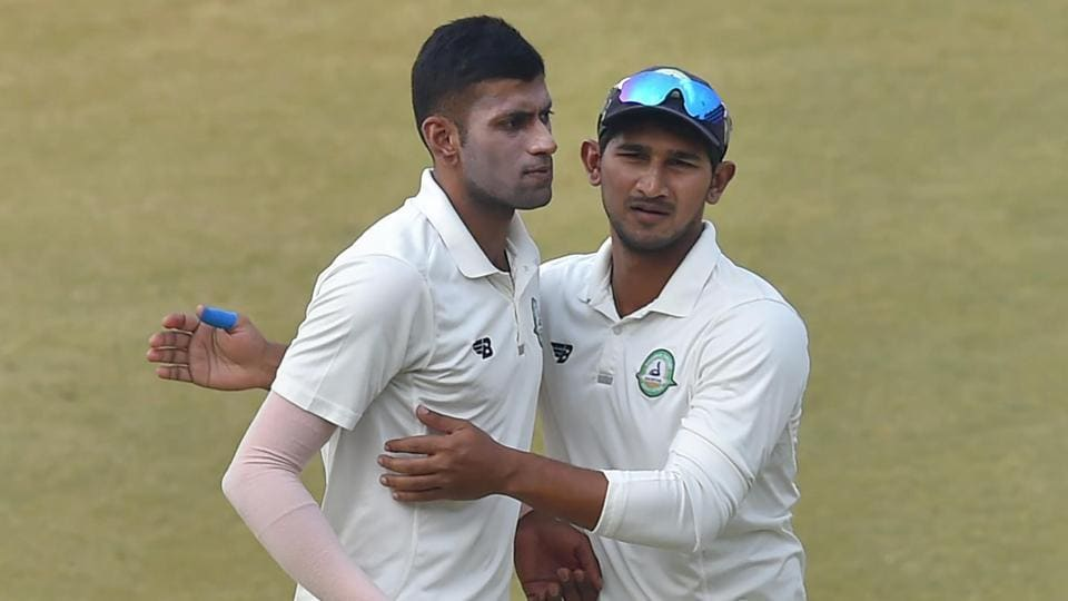 Both Rana and Shorey to convert their fifties to big totals and Vidarbha pounced on them. Akshay Wakhare (L) picked four wickets to dismiss Delhi for 280. (PTI)