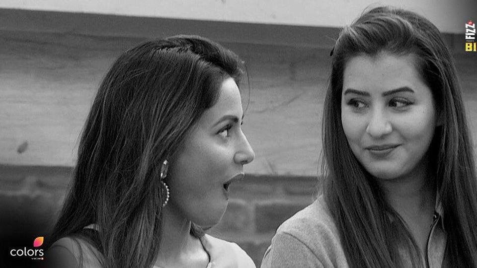 Hina Khan and Shilpa Shinde were shocked to know the task was actually nominations task and they ended up saving Akash Dadlani and Puneesh Sharma.