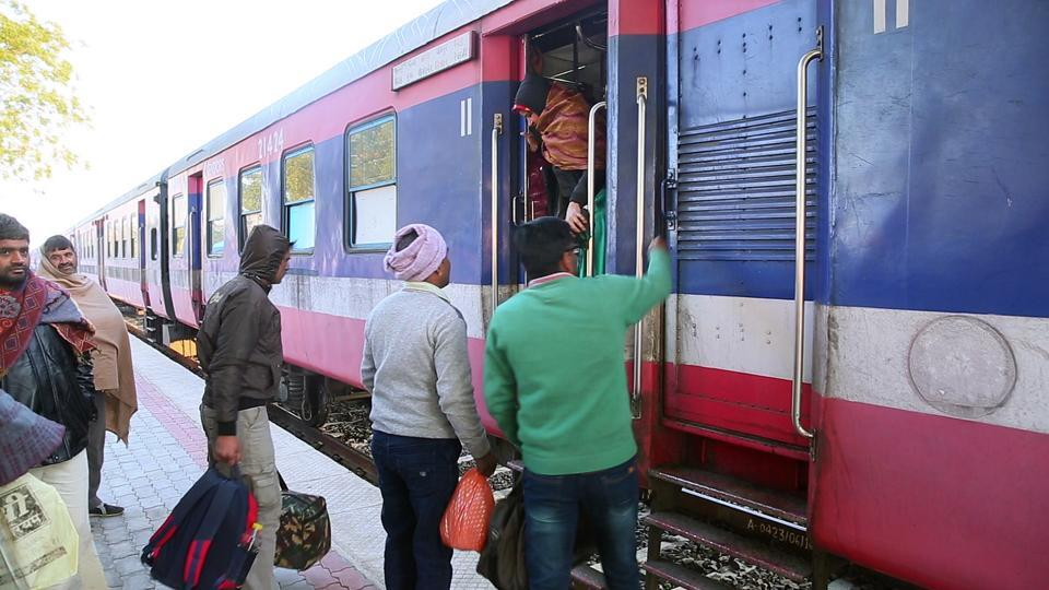 The two tourists had come to Sawai Madhopur on Monday and had to catch a train for Agra but mistakenly boarded a train for New Delhi.