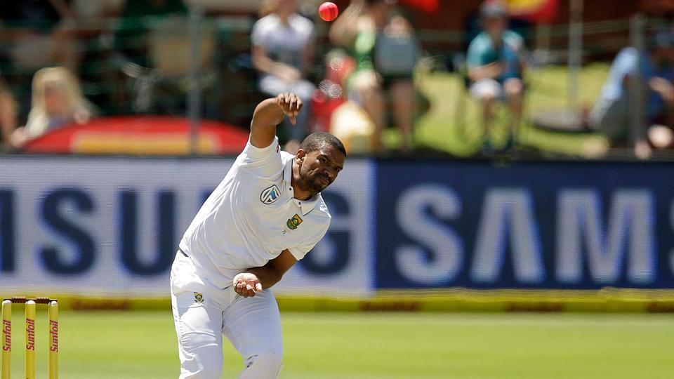Vernon Philander will hope to exploit the familiar conditions of Cape Town in the opening Test between South Africa and India from Friday.