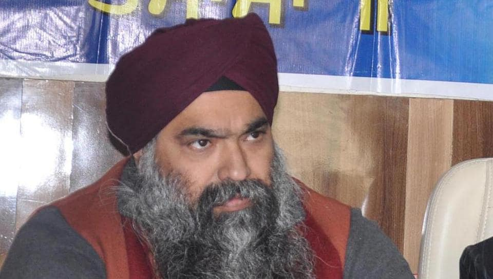 Inderpreet, son of former Chief Khalsa Diwan president Charanjit Singh Chadha, reportedly committed suicide by shooting himself in Amritsar on Wednesday.