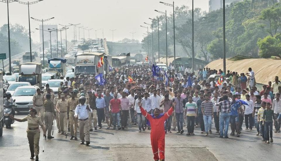 Protesters block a stretch of highway in Bandra during Wednesday's bandh.