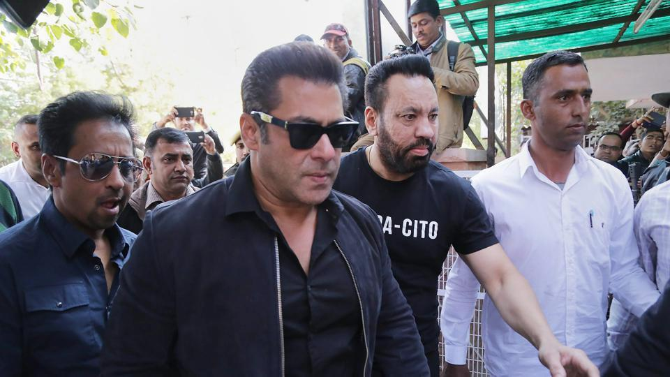 Actor Salman Khan appears in a court in black buck poaching case in Jodhpur, Rajasthan on Thursday.