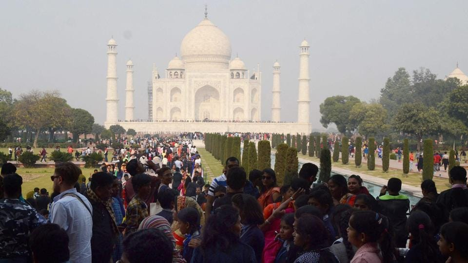 Taj Mahal,Tourists,Visitors