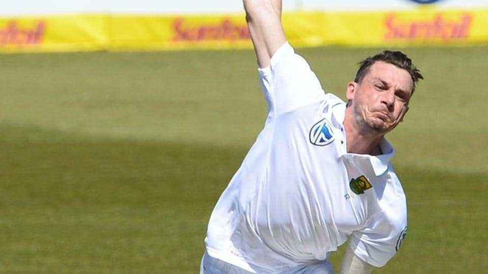 Dale Steyn in action on Day 1 of the first Test between South Africa and India at Cape Town. Get full cricket score of India vs South Africa, 1st Test, here.