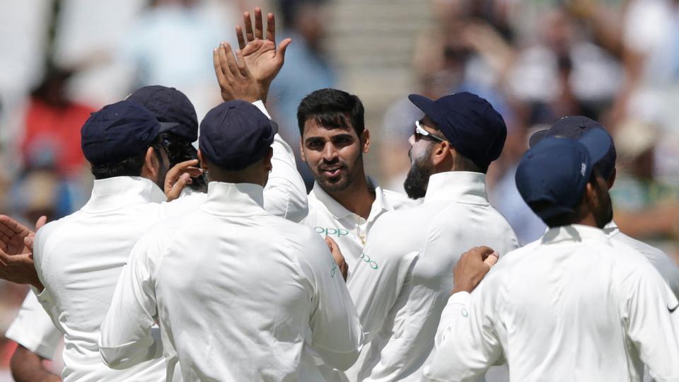 India fast  bowler Bhuvneshwar Kumar (C) celebrates the dismissal of South African batsman Dean Elgar. (AFP)