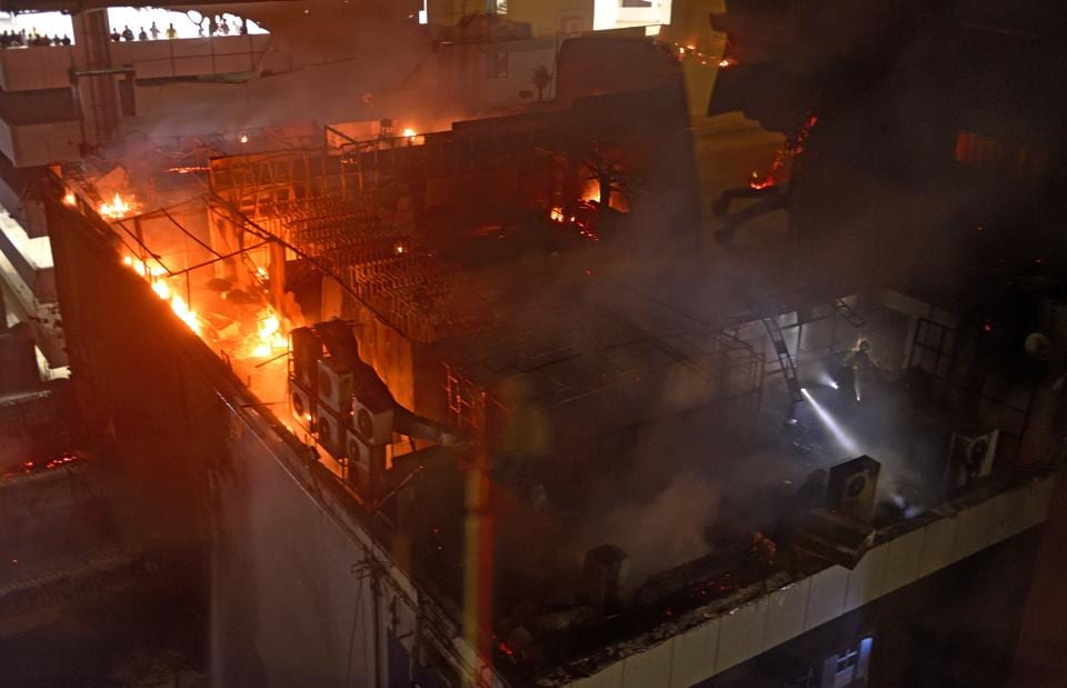 A massive fire broke out at  a rooftop restaurant in Kamala Mill Compound in Mumbai on December 29.