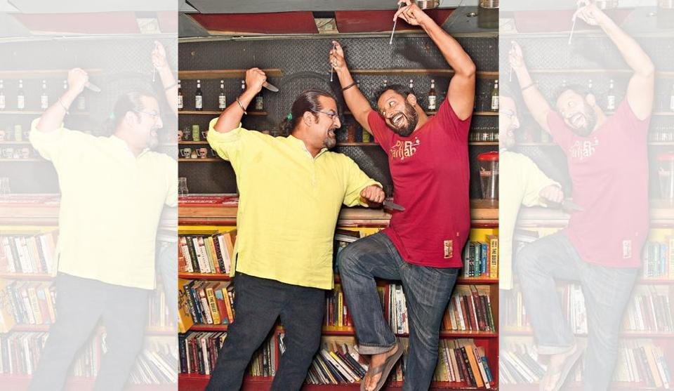 While Rocky Singh (left) loves the fact that Mayur Sharma is a vegetarian, Mayur on the other hand loves the way Rocky is particular about doing things on time