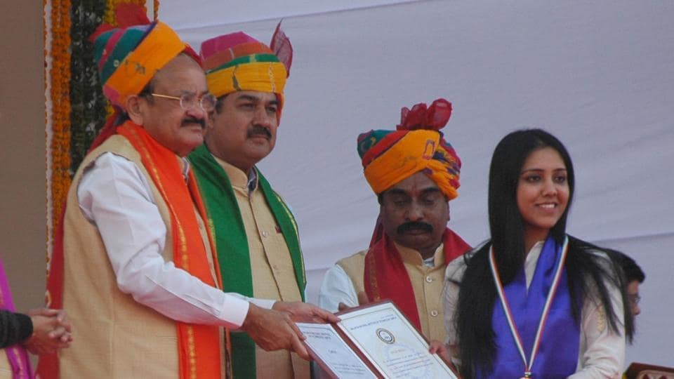 Vice-president M Venkaiah Naidu awards degree to a student at the convocation of MNIT in Jaipur on Saturday.