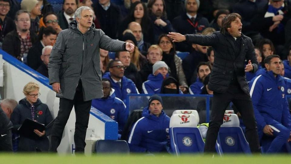 Chelsea manager Antonio Conte (R) and Manchester United counterpart Jose Mourinho (L) have been embroiled in a war of words.
