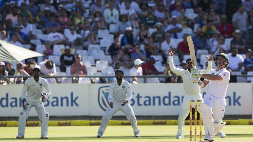 Dean Elgar survived a catch in the second over as Mohammed Shami spilled the catch. (AP)