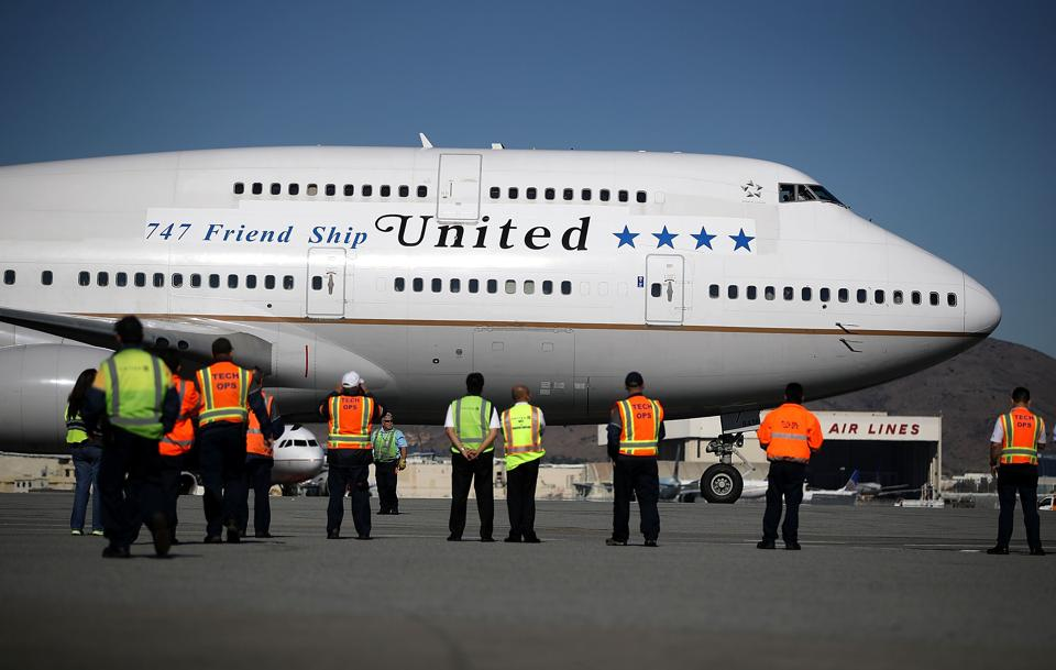 'Unruly passenger' soils multiple bathrooms on United flight, forces plane to land