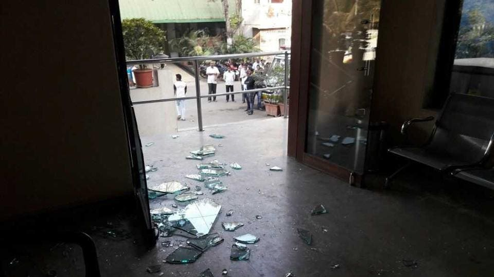 The relatives of a 25-year-old housewife, who died during treatment at AIMS Hospital in Mumba, vandalized the hospital in Manpada on Sunday.