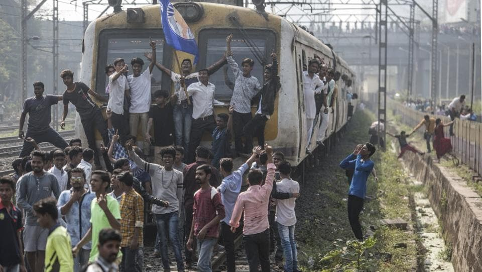 Rail Roko at Kangurmarg by Dalits activists, in Mumbai. Violence erupted in Pune district when Dalit groups were celebrating the bicentenary of the Bhima-Koregaon battle in which the forces of the British East India Company defeated the Peshwa's army. Right-wing groups have been blamed for the clashes which left one person dead. (Satish Bate / HT Photo)