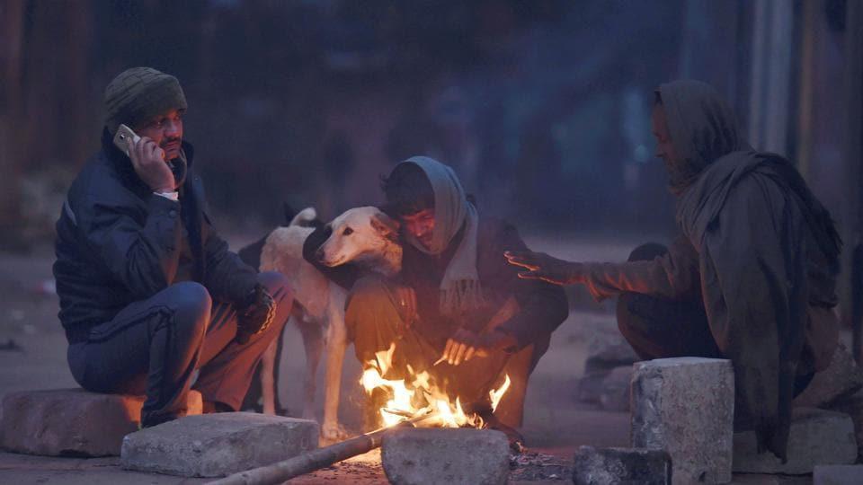 Night temperature drops across Kashmir Valley, Ladakh