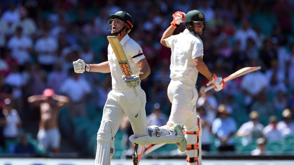 Shaun Marsh was getting great support from his younger brother Mitchell Marsh as the pair went on to punish the England bowlers on a hot day in Sydney. (AFP)
