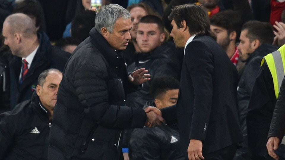 Manchester United manager Jose Mourinho (L) and Chelsea head coach Antonio Conte (R) have been involved in a war of words.