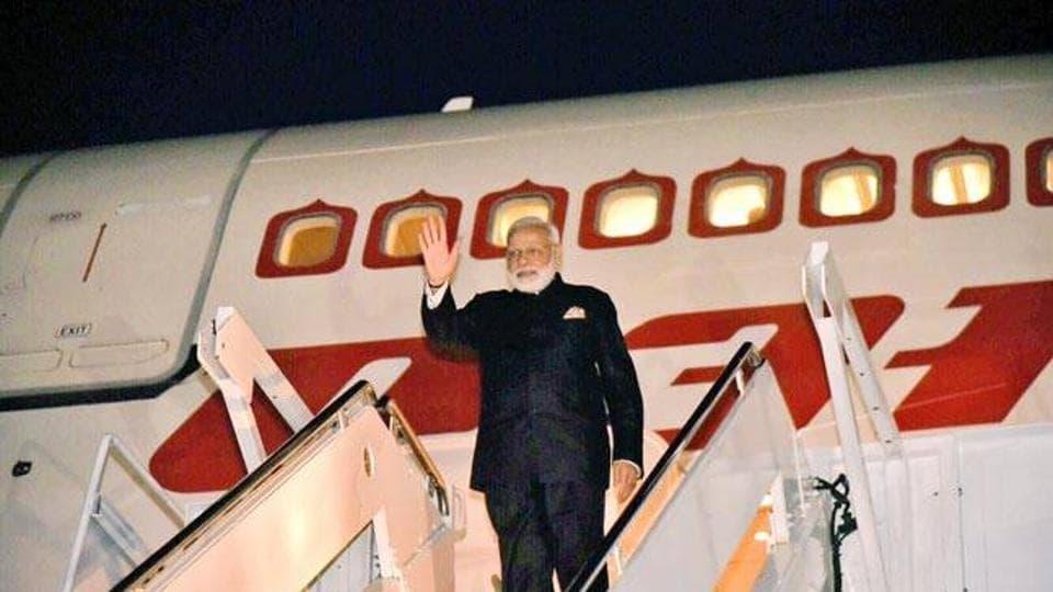 Narendra Modi will deliver the keynote address at the plenary session of the World Economic Forum in Davos.