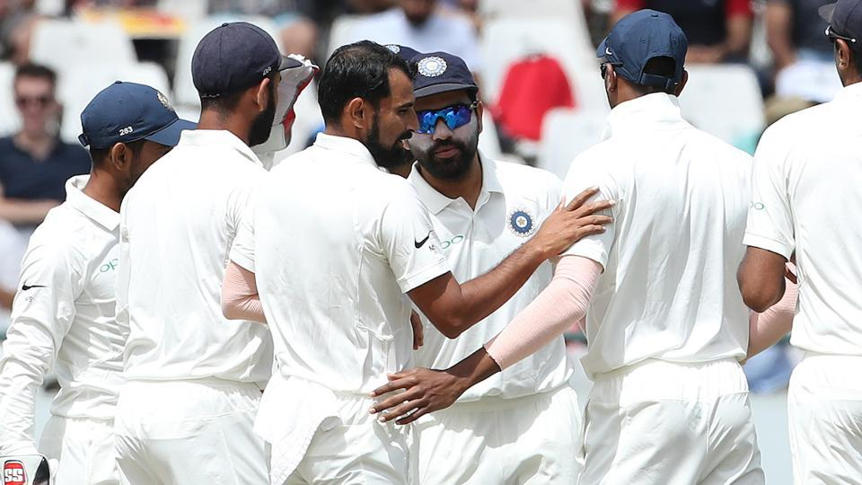 Resuming the day at 65/2, South Africa lost quick wickets. Shami took the first two scalps of the day, dismissing Hashim Amla and Kagiso Rabada.  (BCCI )
