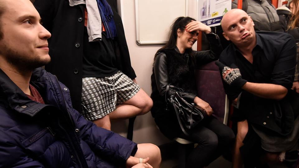 Commuters react to passengers without pants in a subway train on January 7, 2018 in Prague, Czech Republic. Improv Everywhere maintains that there is no agenda for the event apart from a desire to make others laugh and smile. (Michal Cizek / AFP)