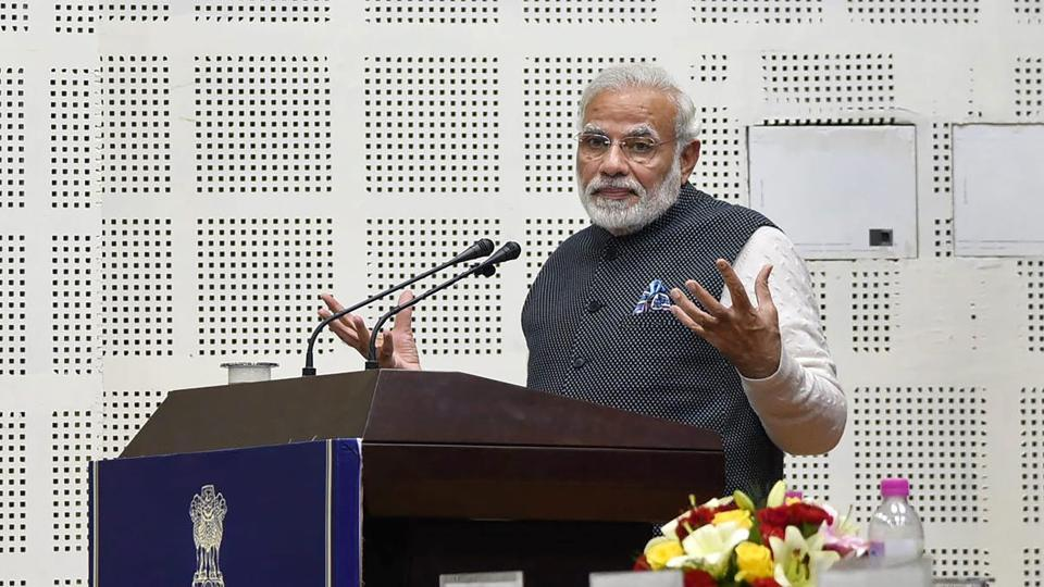 Prime Minister Narendra Modi delivers a speech at a valedictory ceremony at DGP/IGP conference at Tekanpur.