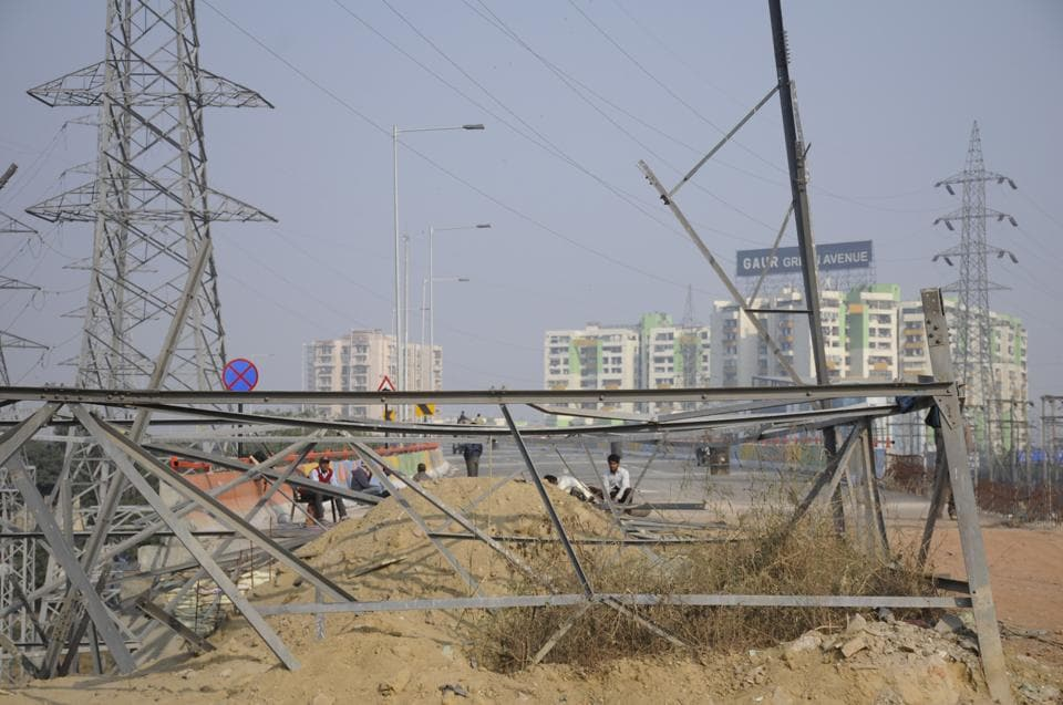 NHAI,transmission tower,Hindon elevated road
