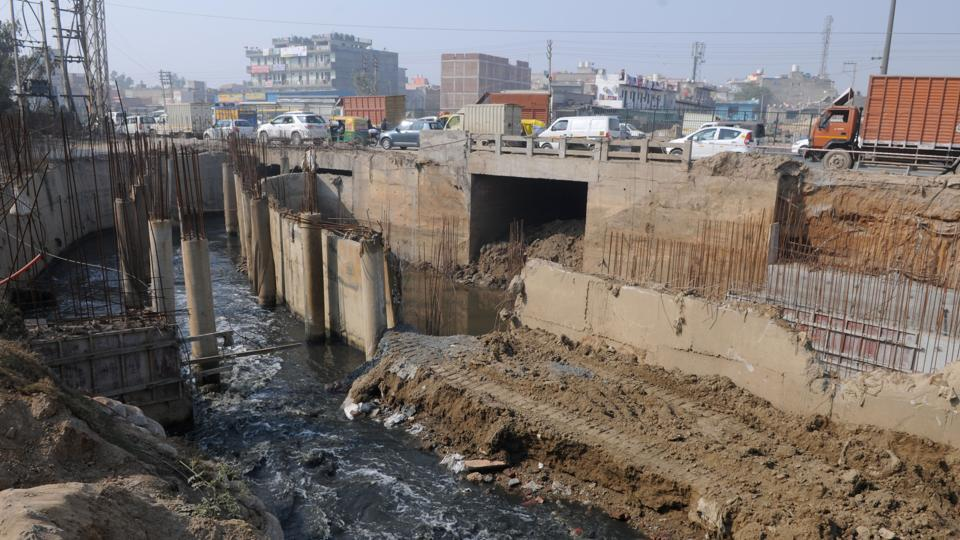 A drain is being constructed to avoid waterlogging at the Hero Honda Chowk, which is in a low-lying area between the Khandsa village and Sector 10 in Gurgaon.