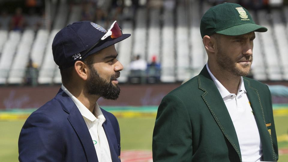 Virat Kohli (L) and Faf du Plessis have expressed their support for bowler-friendly pitches during the South Africa vs India Test series.