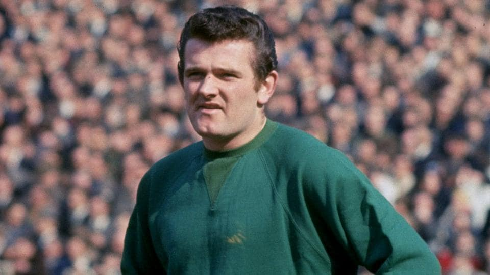 Tommy Lawrence made 390 appearances for Liverpool Football Club.