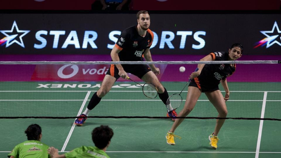 Sung Ji Hyun guided Delhi Dashers to a comfortable win over North Eastern Warriors  in the Premier Badminton League.