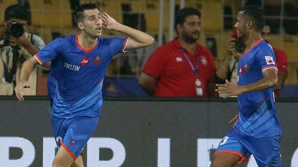 Manuel Lanzarote (L)celebrates after scoring for FCGoa against Jamshedpur FCin the Indian Super League on Thursday.