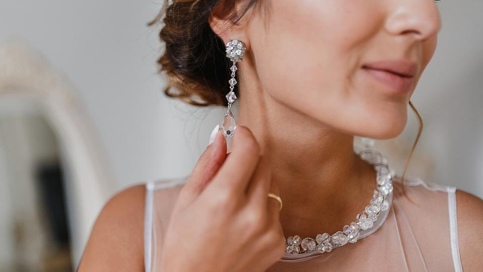 Earrings,Necklaces,Jewellery
