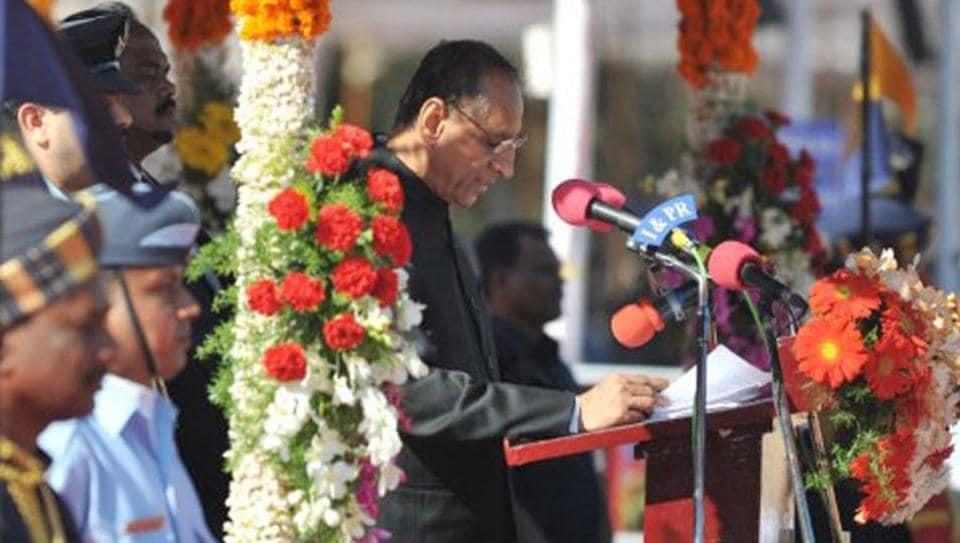 ESLNarasimhan is the longest-serving governor in India.