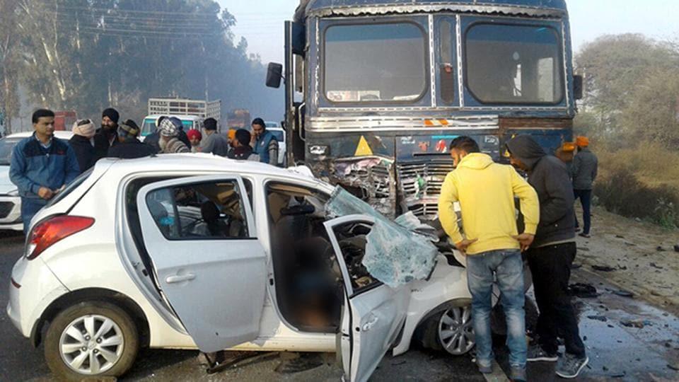 Road mishap,freak accident,Chandigarh news